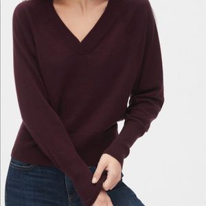 GAP Ultra Soft V-Neck Wool Sweater